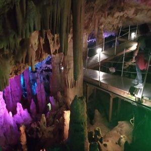 cueva de Sfendoni, Zoniana